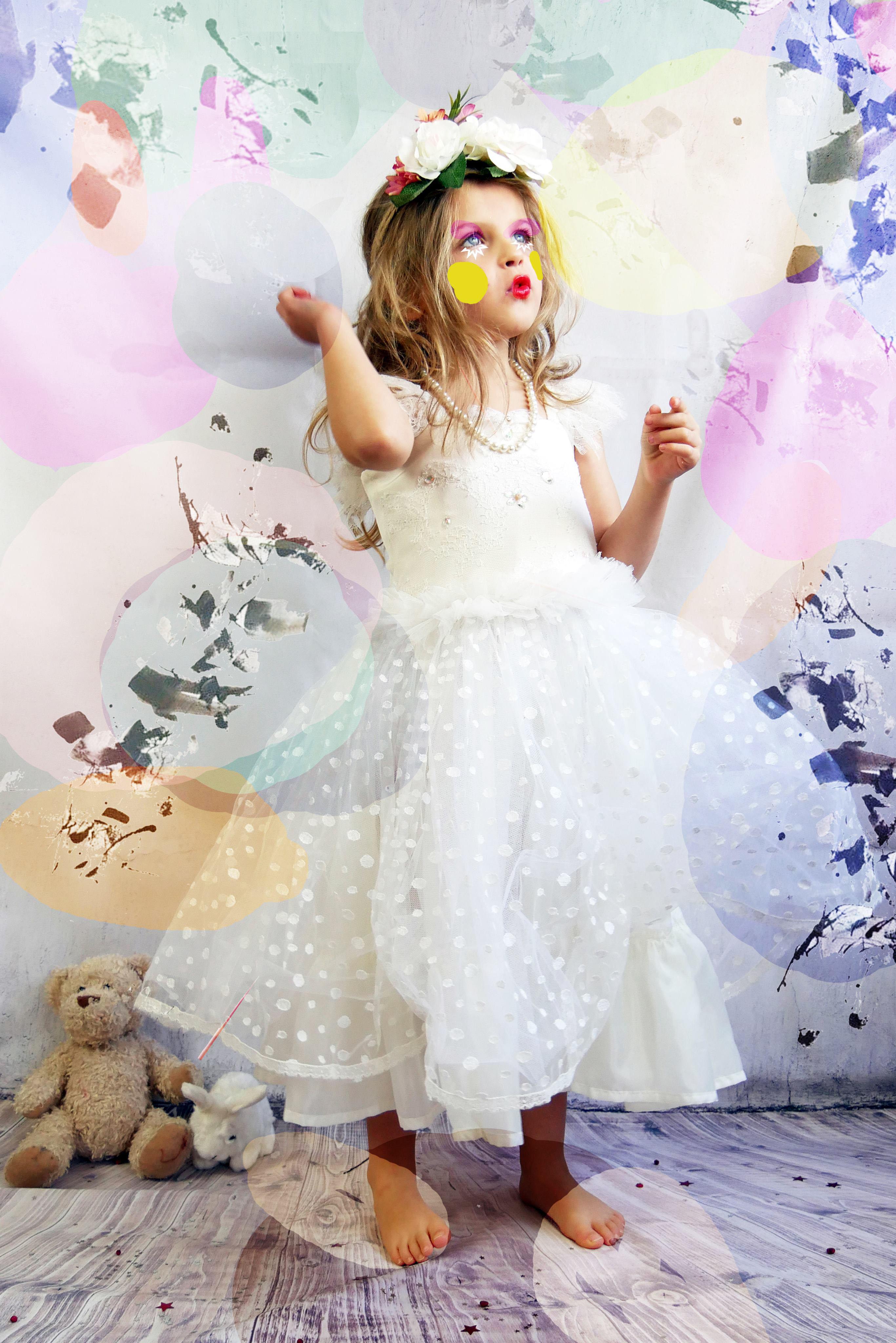 des petites filles comme des princesses